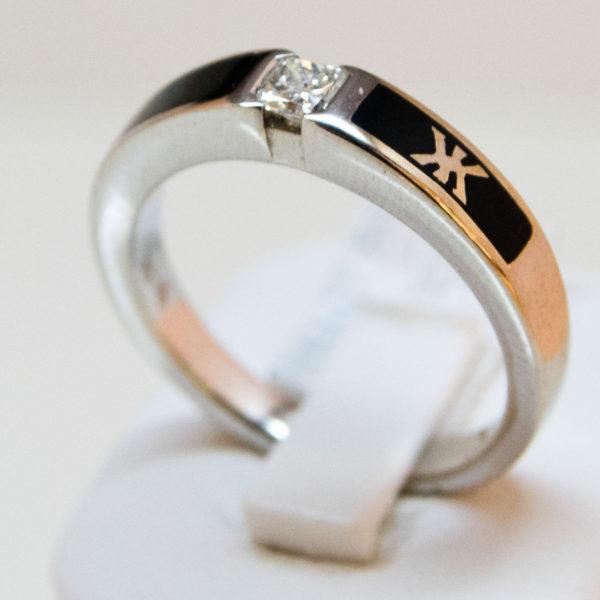 solitaire korloff or blanc 750/000 avec diamant taille korloff et émail noir