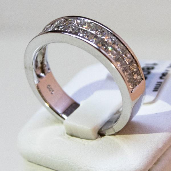 bague 1/2 tour diamant et double rangs diamants taille princesse